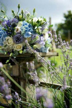 Wildflower bouquet | designer : Corinne Turner Florist
