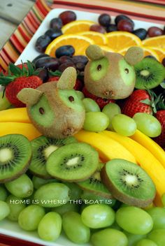 Fruit tray with kiwi mice. This is too cute and the kiwi mice are super easy to make!