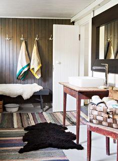 Suomen ihanin koti on sisustettu varmalla värisilmällä:leikkisä, persoonallinen, sisustus, erikoinen sisustus, koriste-esineet, scandinavian, interior, design, decorative