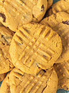 Keto Peanut Butter cookies - Keto For Lifestyle Peanut Butter Cookies Allrecipes, Microwave Peanut Butter Fudge, Classic Peanut Butter Cookies, Almond Butter Cookies, Creamy Peanut Butter, Fudge Recipes, Cookie Recipes, Easy Tiramisu Recipe, Crackle Cookies