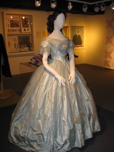 1860. Silk taffeta dress with tulle skirt overlay (disintegrating) worn by Susan Paul, 21-yr-old daughter of a St. Thomas businessman, to the Prince of Wales ball Sept. 13, 1860. Elgin County Museum, Ontario.