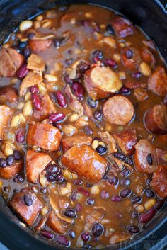 Slow Cooker Kielbasa and Barbecue Beans - the perfect chilly day recipe! Made with three different beans, molasses, bacon, and kielbasa - it's pure comfort food! : Mom On Timeout How To Cook Kielbasa, Slow Cooker Kielbasa, Best Slow Cooker, Crock Pot Slow Cooker, Crock Pot Cooking, Slow Cooker Recipes, Crockpot Recipes, Cooking Recipes, Kielbasa Soup