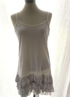 À vendre sur #vintedfrance ! http://www.vinted.fr/mode-femmes/robes-dete/23636262-robe-dete-a-volants-fleuries-zara