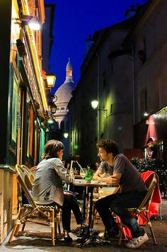 Montmartre Cafe Paris - there is no such thing as too many times when it comes to Montmartre!