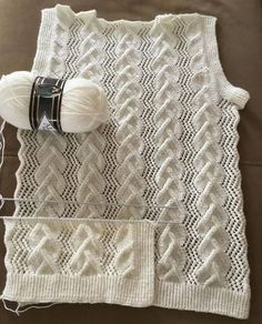 No photo description available. Lace Knitting Patterns, Stitch Patterns, Vest Pattern, Free Pattern, Easy Crochet, Knit Crochet, Crochet Flower, Knit Baby Sweaters, Crochet Instructions