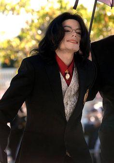 Photos Of Michael Jackson, Michael Jackson Smile, Jackson Music, Jackson 5, Michael Jackson Neverland, King Of Music, King Of Hearts, Music Heals, Beautiful Men