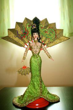1998 Bob Mackie Fantasy Goddess of Asia® Barbie®   Flickr - Photo Sharing!