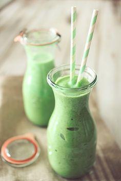 طرزتهیه و مواد لازماسموتی سبز مغذی و مقوی
