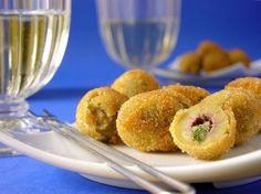 Fried Olives Recipe - Genius Kitchensparklesparkle