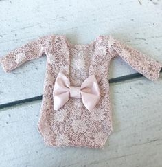 Adorable blush playsuit for newborn photography. Playsuits have satin bows sewn on back as pictured. Toddler Girl Outfits, Baby & Toddler Clothing, Kids Outfits, Newborn Photo Outfits, Newborn Fashion, Foto Baby, Take Home Outfit, Kids Frocks, Girls Rompers
