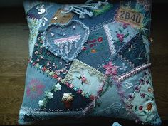 kerrykatiecakes: Katie's Denim Pillow