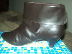 Brown Shoe Boot in Girl_Co's Garage Sale in Walkersville , MD for $10.00. size 6 1/2