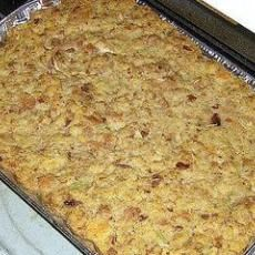 Southern Cornbread Dressing I make the best! Cooking Chicken To Shred, How To Cook Chicken, Boil Chicken, Chicken Gravy, Boneless Chicken, Cooked Chicken, Soul Food Cornbread Dressing, Southern Cornbread Dressing, Southern Dressing Recipe