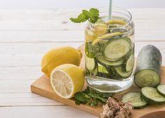 Agua milagrosa para aplanar el vientre (RECETA)