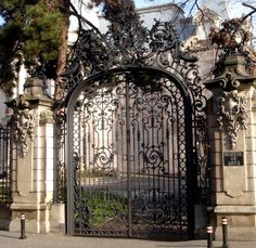 The Art Museum of Craiova is located in Jean Mihail palace - built in late XIX century ♦ . Driveway Entrance, Entrance Gates, Buckingham Gate, Electric Gates, Iron Gates, Gate Design, Countries Of The World, Romania, Art Museum