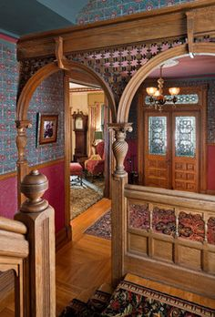 Victorian Heirloom traditional-entry