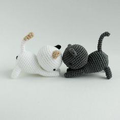 Playing Cats Crochet Amigurumi Pattern Crochet pattern by Little Bear Crochets