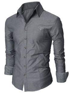 Este es una camisa para un fiesta. Es gris. La talla es bien.