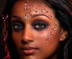 Lots o' bindis! (via zibabeauty.com) Show Makeup, Makeup Art, Festivals, Eyeliner Designs, Rave Makeup, Cheer Makeup, Carnival Makeup, Face Jewels, Face Gems