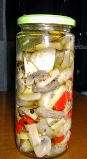 ΤΟΥΡΣΙ ΜΑΝΙΤΑΡΙΑ   1 κιλο μανιταρια   1 κουπα λευκο ξυδι   2 κουταλιες ζαχαρη   1 κουταλια σουπας κοκκους πιπερι   3 φυλλα δαφνης   Λι... Greek Recipes, Different Recipes, Allrecipes, Nutella, Pickles, Stuffed Mushrooms, Clean Eating, Food And Drink, Veggies