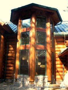 Start building your dream from nature. Located in British Columbia, Canada, Lake Country Log Homes your premier Log and Timber Frame home developer. Luxury Log Cabins, Log Cabin Homes, Timber Frame Homes, Timber House, Home Developers, Spiral Stair, Cedar Log, Log Houses, Post And Beam