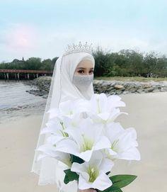 Wedding Hijab Styles, Muslim Brides, Pakistani Wedding Dresses, Princess Wedding Dresses, Modest Wedding Dresses, Country Wedding Dresses, Muslim Couples, Dress Wedding, Boho Wedding