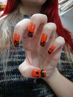 Halloween-Fingernägel http://www.prettynailshop24.de/shop/p_8558_jolifin-halloween-nailart-tattoo-nr.-9.html