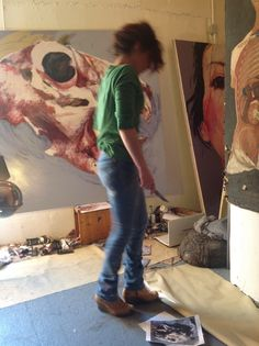 portrait, atelier , oilpainting with knife, my way , back .