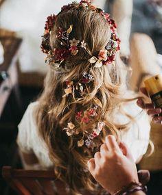 Bridal Hairstyle with Fresh Flowers - Hairstyle .- Brautfrisur mit frischen Blumen – Bridal Hairstyle with Fresh Flowers – - Wedding Hair And Makeup, Hair Makeup, Hair Wedding, Hippie Wedding Hair, Wedding Nails, Wedding Ceremony, Boho Wedding, Dream Wedding, Wedding Ideas