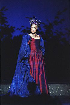 Best Queen of the Night ever.work it, girl. (Mozart, The Magic Flute) The Magic Flute, Opera Singers, Fantasy Dress, Classical Music, Costume Design, Beauty Women, Diana, Costumes, Pretty
