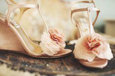 Outdoor Wedding Shoes :: {Wedding Style} » Modern Weddings Hawaii Destination Bride Inspiration Hawaii Wedding Vendors