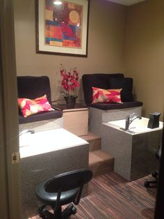 pedicure stations on Pinterest | Pedicure Station, Spa Pedicure Chairs ...