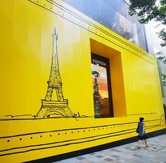 Lovely! #Eiffel tower in bright #yellow, #paintityellow