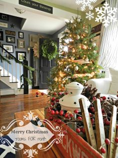 ~rooms FOR rent~: {Christmas Tree}