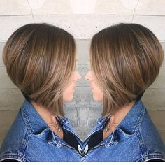 Bob Hairstyles – The Great Look Through The Years Medium Hair Cuts, Short Hair Cuts, Short Hair Styles, Haircuts For Long Hair With Layers, Long Layered Hair, Short Hair Undercut, Pelo Bob, Haircut Styles For Women, Haircut And Color