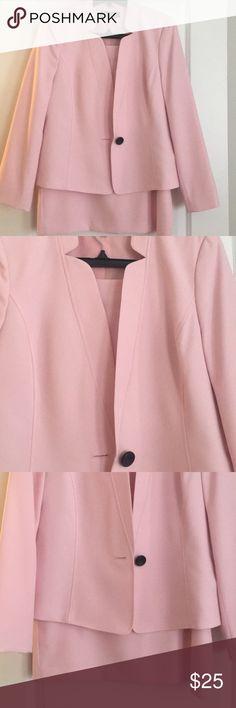28e0d6ff670 2 piece women s suit skirt and jacket Kasper