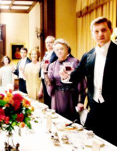 cheers to season 6 of downton abbey