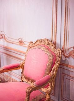 Rococo pink and gold and creme furniture :3 :3 :3 <3
