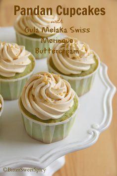 BitterSweetSpicy: Pandan Cupcakes with Gula Melaka Swiss Meringue Bu...