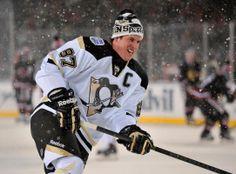Sidney Crosby • Pittsburgh Penguins • Stadium Series 2014 • Rob Grabowski-USA TODAY Sports