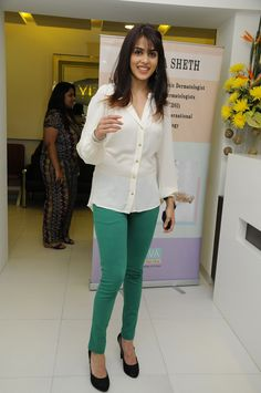 Genelia Dsouza at Dr. Rekh Seth's Celebration Event.