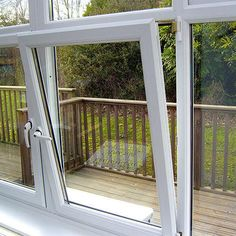 tilt and turn german windows, tilt and turn sash windows, tilt and turn vs casement windows, tilt and turn window coverings, tilt and turn window handle jammed Casement Windows, Sash Windows, Windows And Doors, Tilt And Turn Windows, Window Handles, Passive House, Window Coverings, European Fashion, Innovation Design