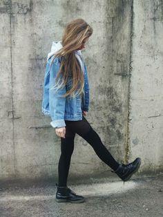 Denim jacket with leggings. Soft grunge style