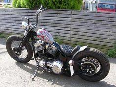 softail springer i Softail Bobber, Harley Softail, Harley Davidson Softail Slim, Harley Davidson Roadster, Harley Davidson Chopper, Harley Davidson Motorcycles, Motorcycle Paint Jobs, Bobber Motorcycle, Bobber Chopper
