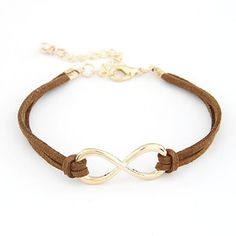 Oneindig veel plezier van deze schattige bruine Infinity armband :) Combineer ze met al je armbandjes voor een echte armparty!