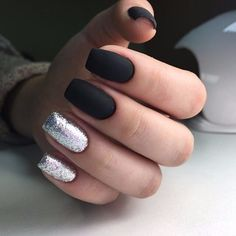 Have you discovered your nails lack of some stylish nail art? Yes, lately, many girls personalize their nails with beautiful … Heart Nail Designs, Nail Art Designs, Hot Nails, Hair And Nails, Vernis Semi Permanent, Nagel Gel, Stylish Nails, Fabulous Nails, Holiday Nails