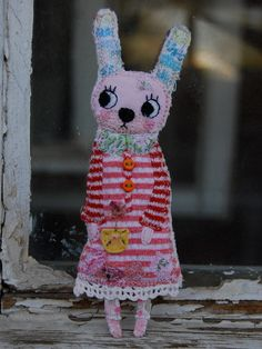 Bunnini bunny by mirianata on Etsy- Cutest thing ever. Just makes me happy to look at it!
