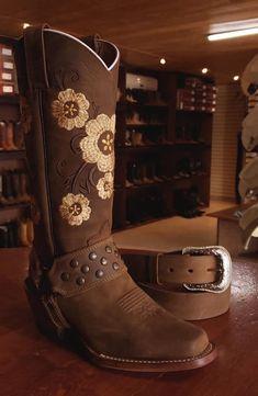 32 mejores imágenes de diseños botas | Botas, Botas vaqueras