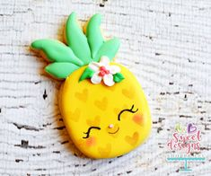 Christmas shortbread with candied orange and thyme - HQ Recipes Pineapple Cookies, Cute Pineapple, Pineapple Cake, Hawaiian Cookies, Magnum Paleta, Cute Cookies, Owl Cookies, Easter Cookies, Birthday Cookies