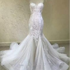 Here is a sexy Fit-and-flare embroidered wedding gown by Darius. We make custom wedding dresses. But we can also make #inspiredweddingdresses too. So if your dream gown is out of your price range or if it is discontinued email us a picture for pricing. Contact us at www.dariuscordell.com/